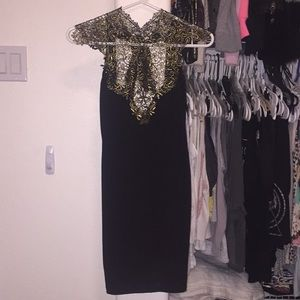 Dresses & Skirts - Elegant Lace Dress